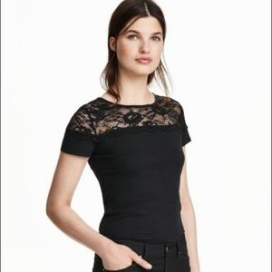 H&M | Jersey top with lace